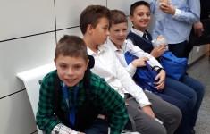 Uczniowie klasy 5c w teatrze